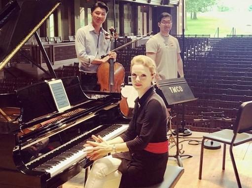 Magdalena Stern-Baczewska, Ryu Goto, and Wei Yu