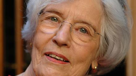 Betsy Jolas