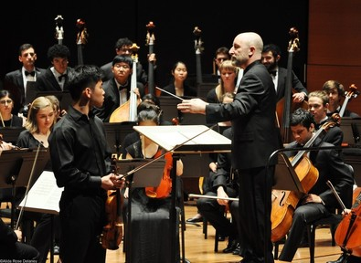 Professor Jeffrey Milarsky with the Columbia University Orchestra. Photo by Alida Rose Delaney.